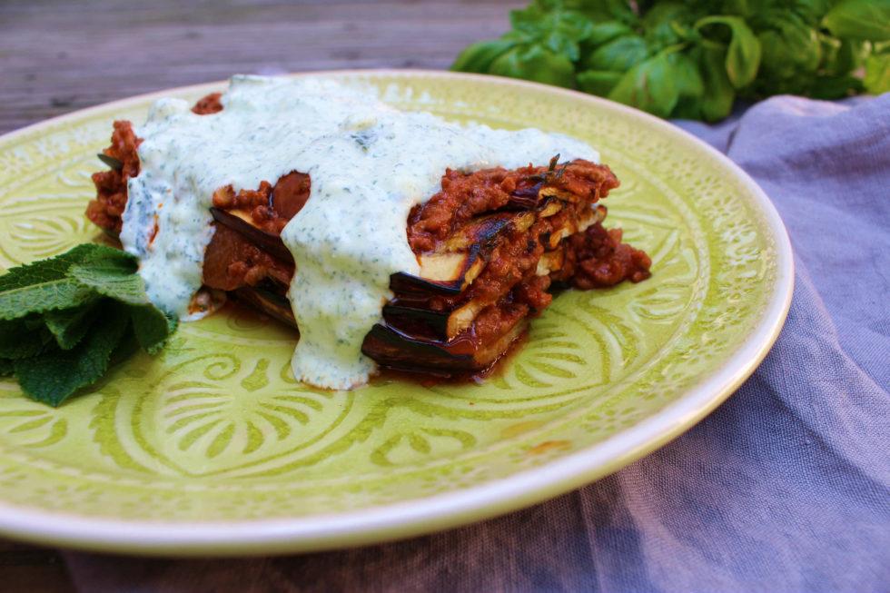 Melanzani-Lasagne mit Minzsoße