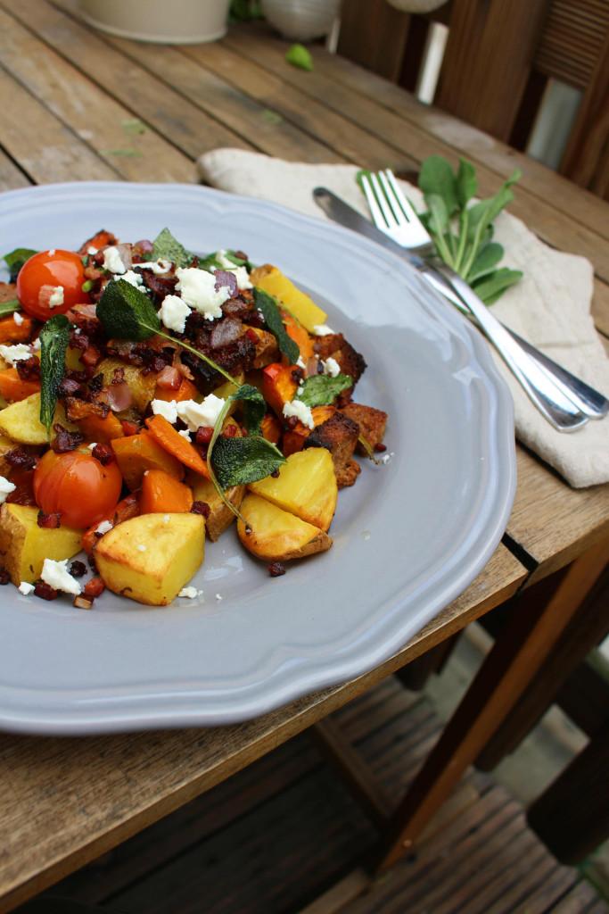 Kürbis Salbei Speck Salat