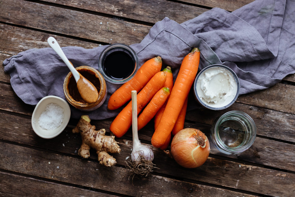 Zutaten vegane Karotten Erdnuss Suppe