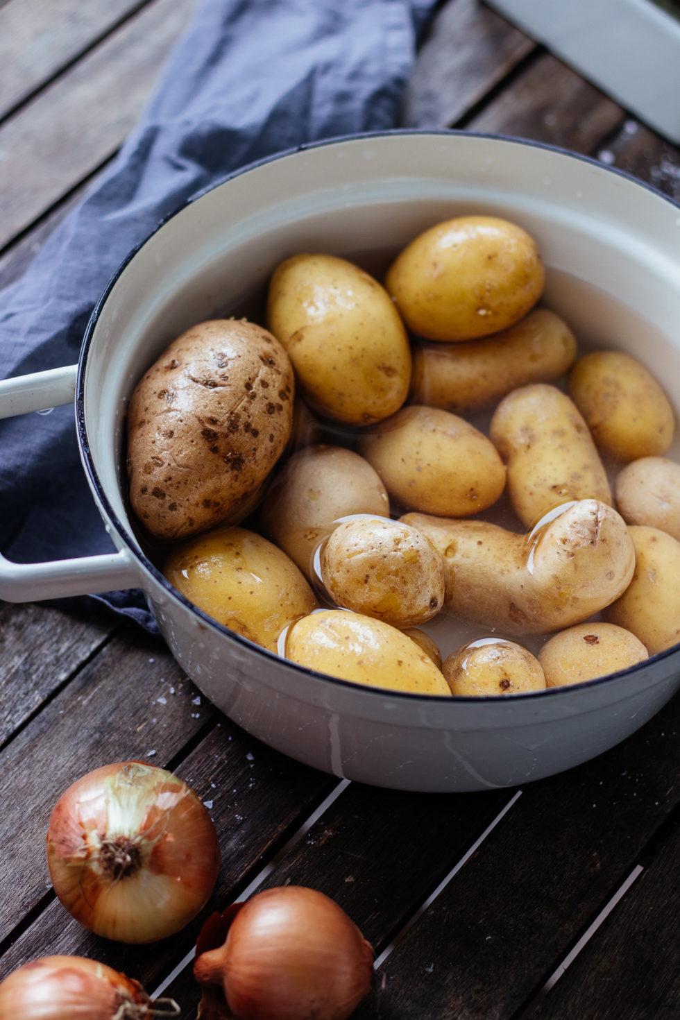 Kartoffel Linsen Eintopf Quarantäne RezeptKartoffel Linsen Eintopf Quarantäne Rezept